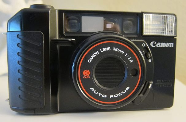 Canon Sure Shot 35mm point and shoot film camera